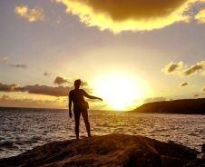 Tocando el sol. Foto: Jorge Ponce